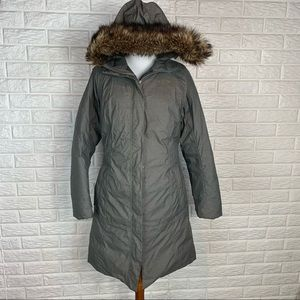 The North Face green fur trimmed hyvent  parka